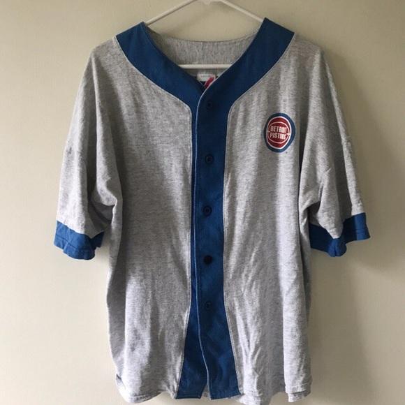 f2d9446a0ff Shirts | Vintage Detroit Pistons Basketball Tshirt Large | Poshmark